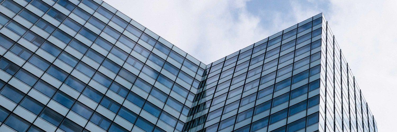 Hausfassade eines modernen Gebäudes